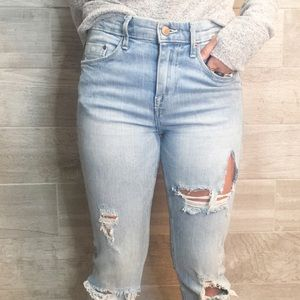 H&M High Waisted light wash distressed jeans 26/32